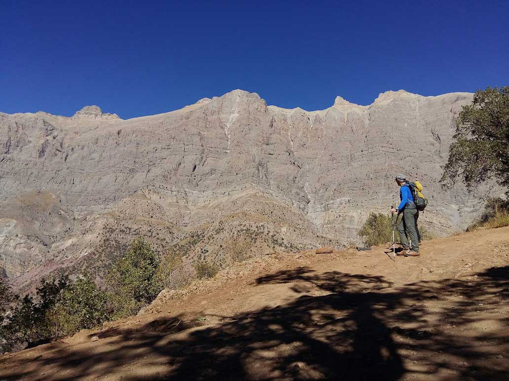 Hiking in Zagros – Dena